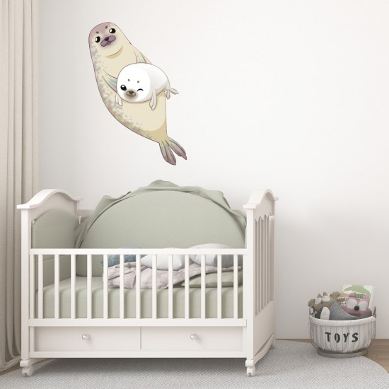 детски стикер бебе тюленче с мама