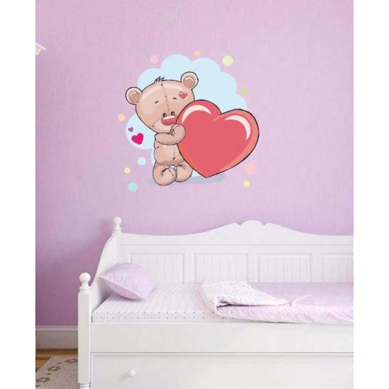 Мече със сърчице - детски стикер за стена