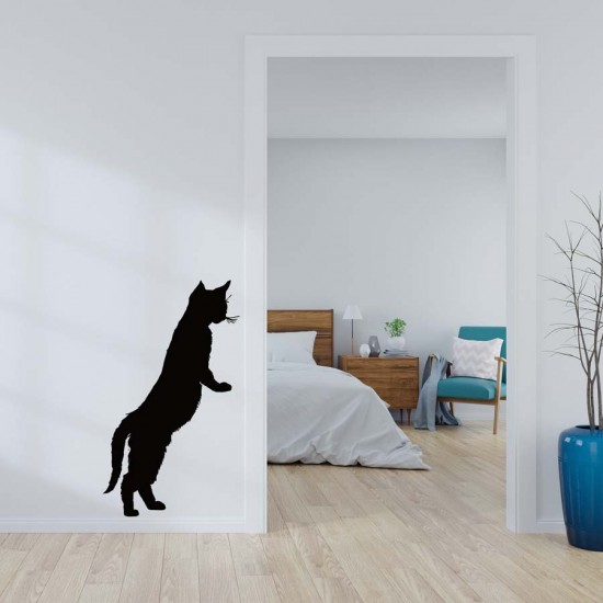 Коте се катери стикер за детска стая