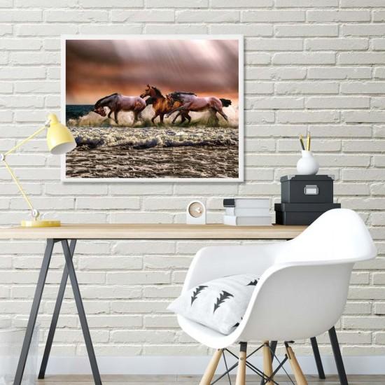 Дивни коне - Фото арт - Фото пано пейзаж от брега, Картина - Принт в рамка
