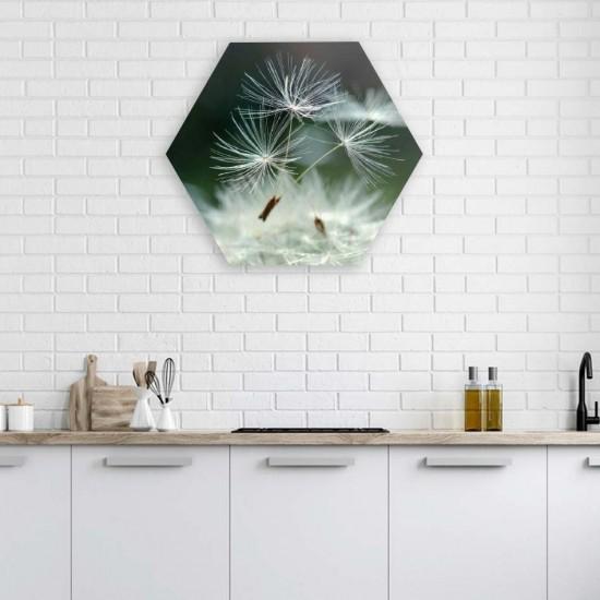Нежен момент - Хексагон пано за декорация на стена