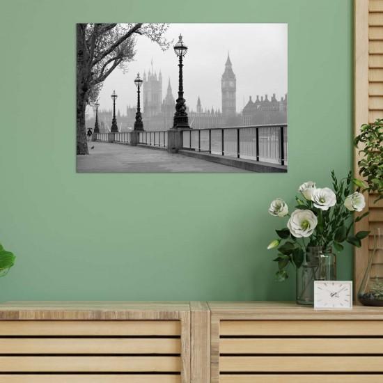 Мъглевина в Лондон  - Черно бяло, Принт в рамка