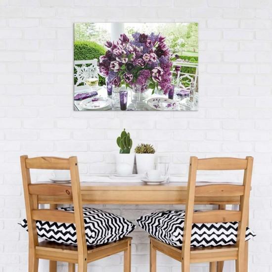 Букет с лилави цветя - Фото арт