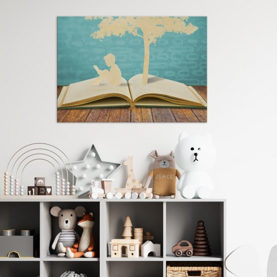 Дете с книга - Детска картина в рамка за стена