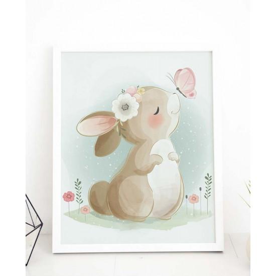 Зайче си играе на полянка с пепруда - картина за детска стая