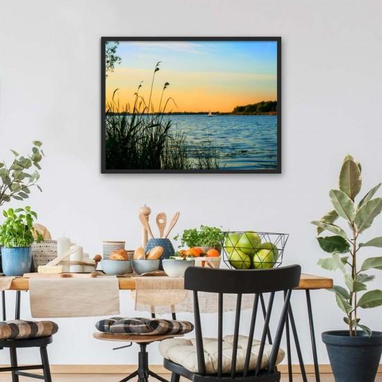 Залез на езерото - фото картина с пейзаж