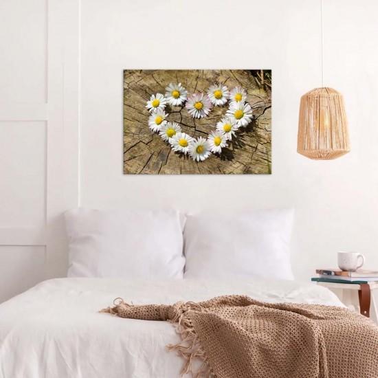 Сърце от маргаритки - пано за спалня