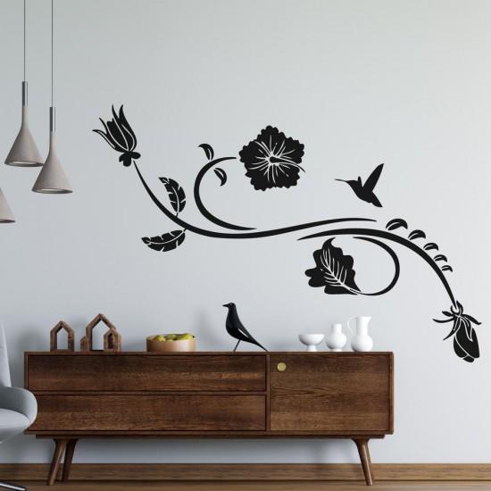 Орнамент с колибри и цвете